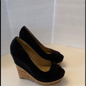 Liliana Black Black Wedge Sandals With Gold